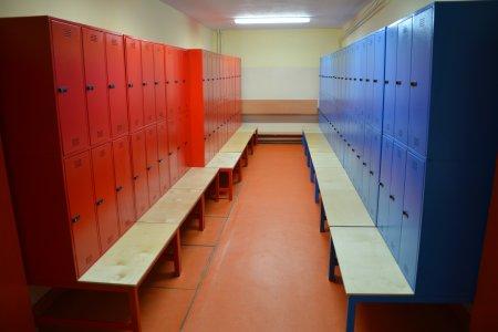 Zamontowano 800 szafek dla uczniów SP nr 7