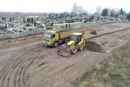 Rozpoczęła się rozbudowa cmentarza komunalnego