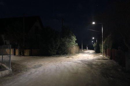 Uruchomiono nowe oświetlenie przy ul. Bursztynowe