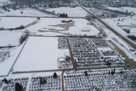Rozbudowany cmentarz komunalny