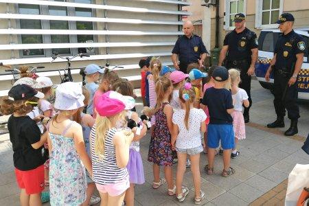 Przedszkolaki w Straży Miejskiej
