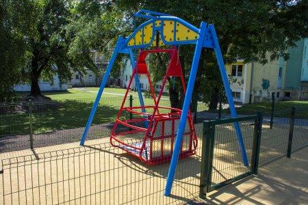 Urządzenia integracyjne na placach zabaw